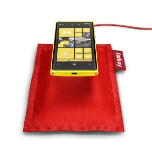 Nokia_Lumia_920_nabijeni_fatboy