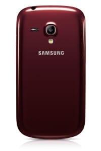 Samsung_Galaxy_S_III_Mini_cervenazada