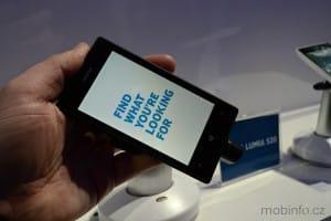 MWC13_Nokia_Lumia_520_01