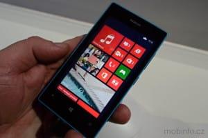 MWC13_Nokia_Lumia_520_04