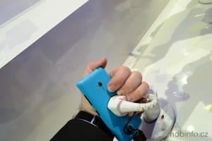 MWC13_Nokia_Lumia_720_10
