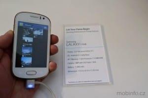 MWC13_Samsung_GalaxyFame_1