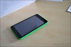 Nokia_Lumia_625_zivefoto_01