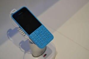 Nokia_220-MWC_7