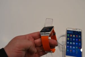 Samsung_Galaxy_Gear_2_MWC_2