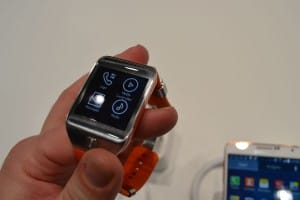 Samsung_Galaxy_Gear_2_MWC_6
