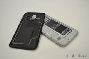 Samsung_Galaxy_S5_nazivo_03