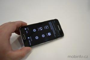 Samsung_Galaxy_S5_nazivo_08