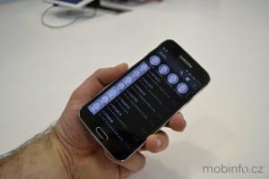 Samsung_Galaxy_S5_nazivo_09