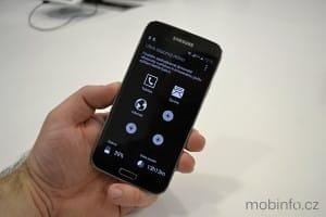 Samsung_Galaxy_S5_nazivo_10