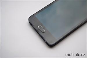 SamsungGalaxyA3_detaily_2