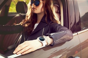 Samsung_Gear_S2_Lifestyle_1