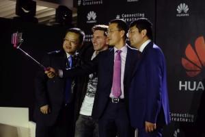 Messi_Huawei_4