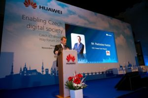 huawei_broader-way-forum_1